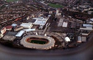 800px-The_old_Wembley_Stadiu wikimedia commons