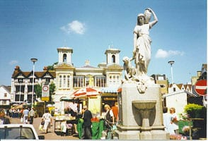 Kingston-upon-Thames,_Market_Place._-_geograph.org.uk_-_112843